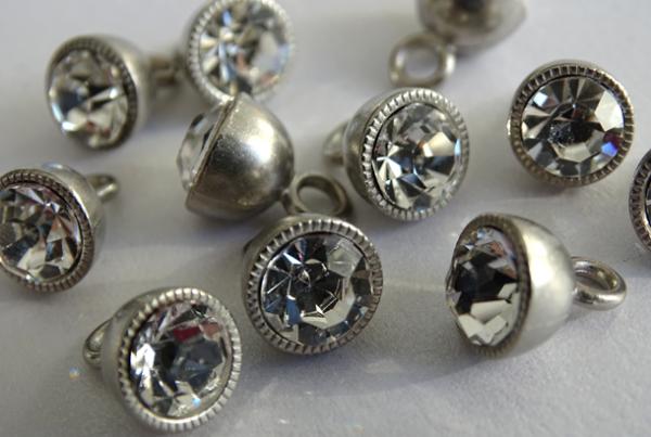 SECO Metall-Knöpfe silber-kristall